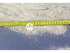 MARCO ROCKS Piasek aragonitowy Bahama - Naturalny aragonit w jasnym kolorze o różnorodnej granulacji i odcieniu.
