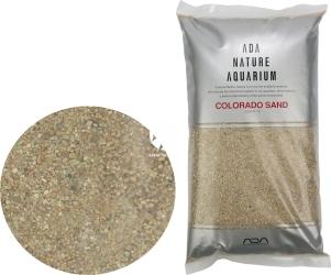 ADA Colorado Sand (106-507) - Piasek dekoracyjny do akwarium w kolorze lekko czerwonym.