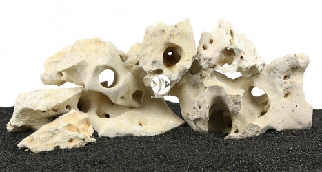 Zestaw Skał do Akwarium Malawi/Morskie 60cm (nr. 36) - Zawiera wapień filipiński o wymiarach: 5 - 15cm (3kg), 15 - 25cm (8kg), powyżej 25cm (6kg)